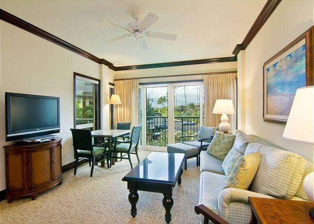 Living Room - Beach Front Property - Kapaa - rentals