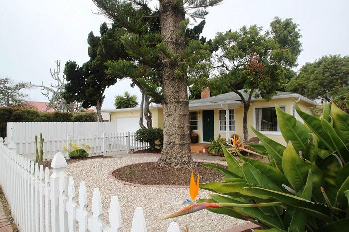 Welcome to The Sunshine Cottage - Sunshine Cottage, Private yard, parking, Peaceful. - La Jolla - rentals