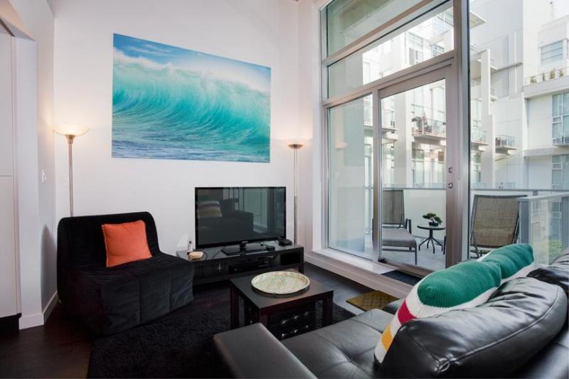 Fully Furnished Loft Condo DT - Image 1 - Victoria - rentals