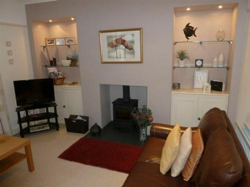 THOMPSON COTTAGE, Troutbeck, Near Windermere - Image 1 - Troutbeck - rentals