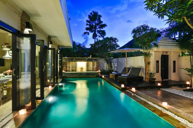 Villa Amala - Exterior by night - VILLA AMALA - SPACIOUS AND NEW 3 BED IN TOP LOCALE - Seminyak - rentals