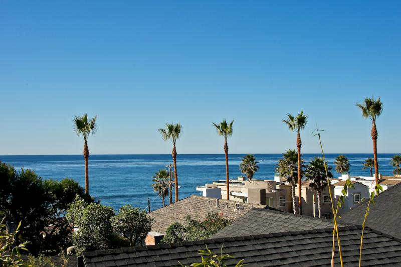 #249 - LUXURIOUS BEACHVIEW Retreat W/Terrace! - Image 1 - Pacific Beach - rentals