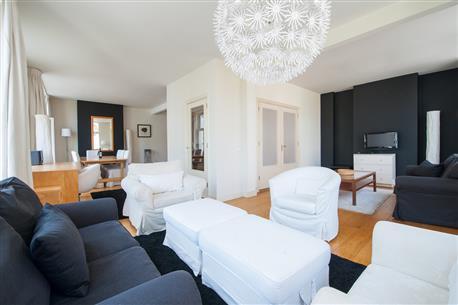 Dam Square Apartment 2 - Image 1 - Amsterdam - rentals