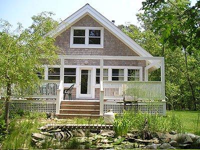 1613 - CHARMING COTTAGE OVERLOOKING SMALL PLEASANT FISH POND - Image 1 - Vineyard Haven - rentals