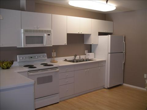 Kitchen - Trierschield Bldg 23 - Sitka - rentals