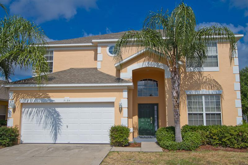 Villa front - 7 BR Disney/Golf Villa/ Pool/Hot tub/GameRoom/Wifi - Orlando - rentals