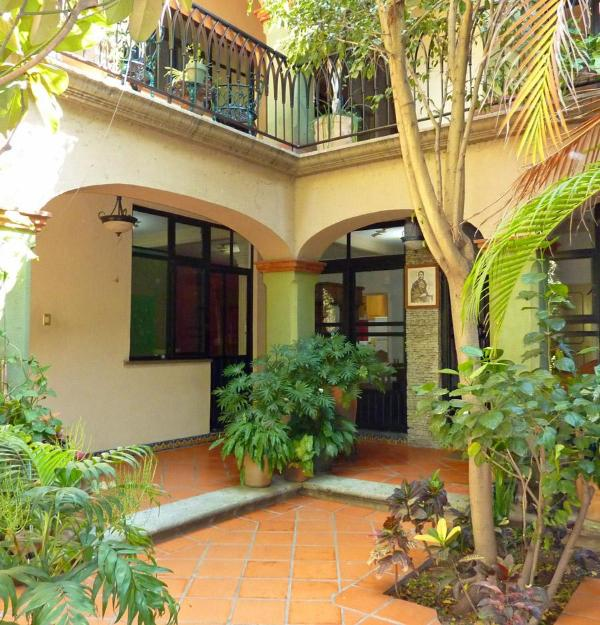 Garden Entry - CASA LIBRES, Apartment in Colonial Centro Home - Oaxaca - rentals