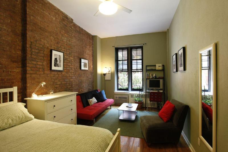 Studio Main Room 1 - Large Studio in Pre-War East Village Townhouse - New York City - rentals