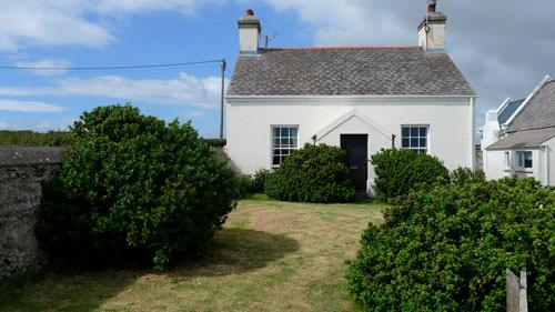 Holiday Cottage - Veronica Cottage, St Anns Head, Nr Dale - Image 1 - Pembrokeshire - rentals