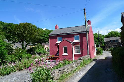 Pet Friendly Holiday Cottage - Dingle Cottage, Solva - Image 1 - Solva - rentals