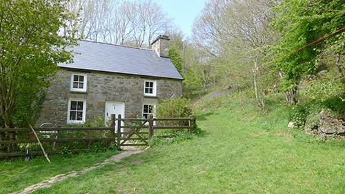 Pet Friendly Holiday Cottage - Gamallt, Nr Nevern - Image 1 - Pembrokeshire - rentals
