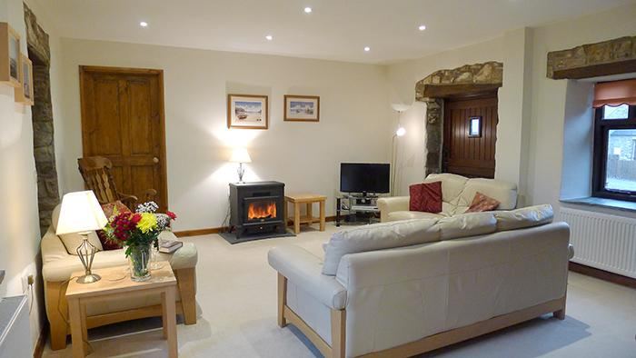 Child Friendly Holiday Cottage - Curlew Cottage, Camrose - Image 1 - Pembrokeshire - rentals