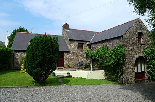 Pet Friendly Holiday Cottage - Smugglers, Nr Aberbach Bay, Dinas Cross - Image 1 - Dinas Cross - rentals
