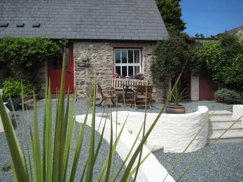 Pet Friendly Holiday Cottage - Sands Cottage, Talbenny Hall, Little Haven - Image 1 - Little Haven - rentals