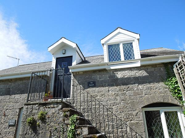 The Hayloft - Image 1 - Tenby - rentals