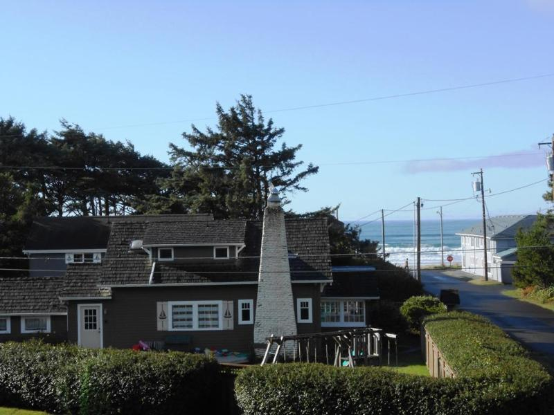 Susan's Beach Cottage - Steps To Beach & Town, Manzanita Beach Home - Manzanita - rentals