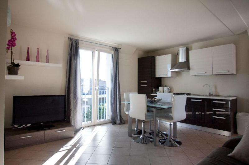 living room - Gorgeous 2 bedroom apartments - Desenzano Del Garda - rentals