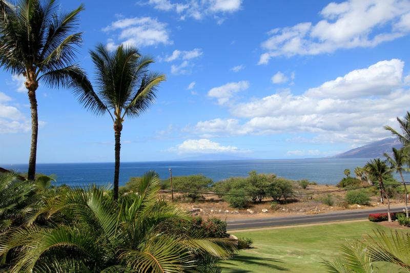 View fromCondo - Awesome Ocean View 2 B 2B Condo-Remodel Complete.....  Absolutely Fabulous! - Kihei - rentals
