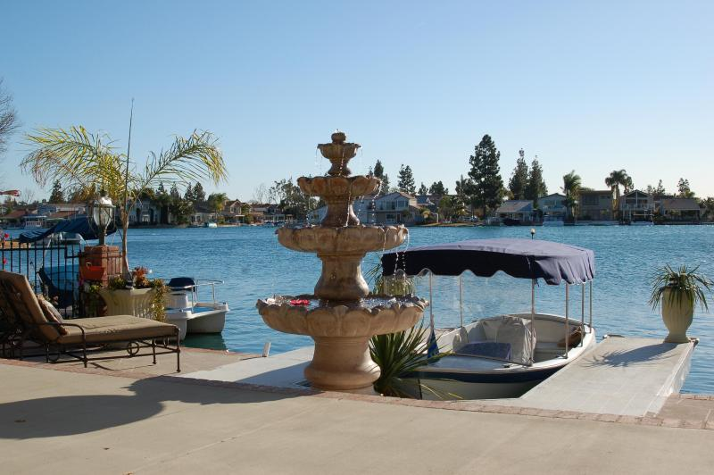 Front yard with private boat and dock & fishing - Private Waterfront Villa Minutes to Beaches!! - Newport Beach - rentals