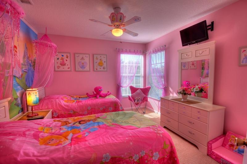 PRINCESS ROOM for the girls - 6 bedroom villa sunny pool, spa WOW PRINCESS CARS rms 3 mls Disney - Kissimmee - rentals
