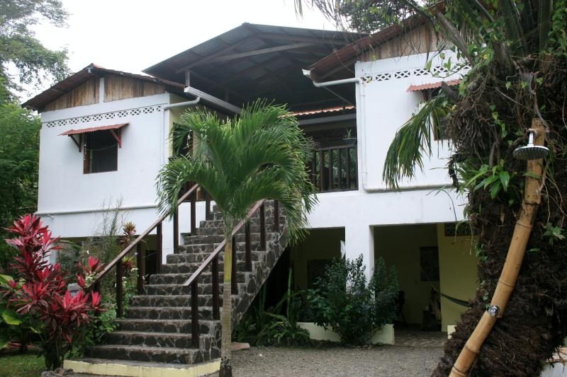Casa Faya Lobi Perfect beach and nature getaway for couples, families or small groups in Costa Rica - Casa Faya Lobi Perfect Beach and Nature Getaway - Manzanillo - rentals