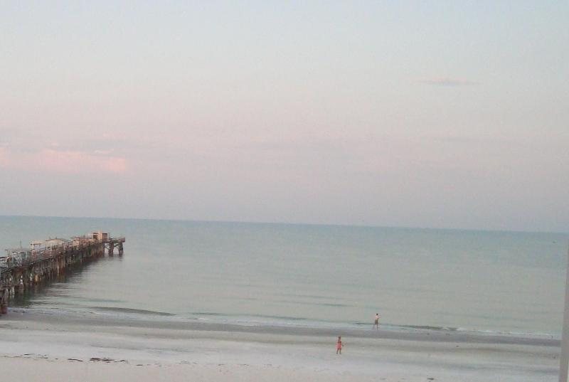 View from Living Room, Master, Balcony, Dining Area & Kitchen - Awesome Beach & Ocean Front, 3Bd/2Ba, Sleeps 12!! - Redington Shores - rentals