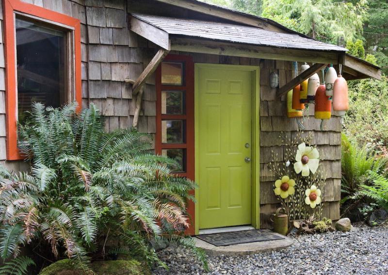 Welcome! - Romantic,creative and cozy Heron Cottage - Tofino - rentals