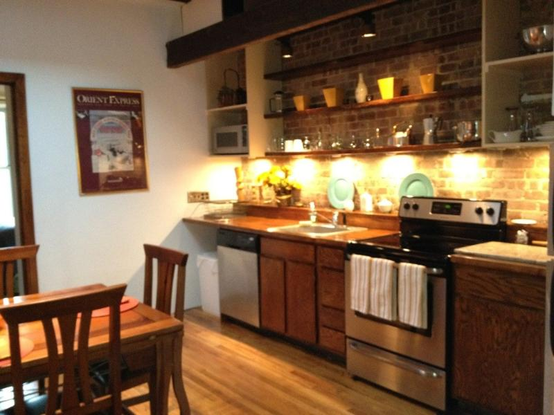 1br Suite 4, Kitchen - Central Park West Brownstone - New York City - rentals