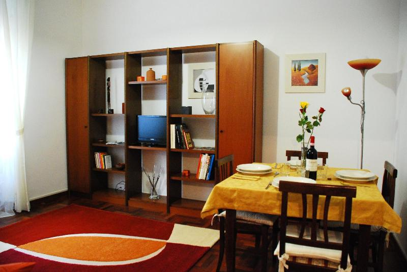 the living room if necessary is used as second bedroom - 3H  HAPPY HOLIDAY HOME close to the center of Rome - Rome - rentals