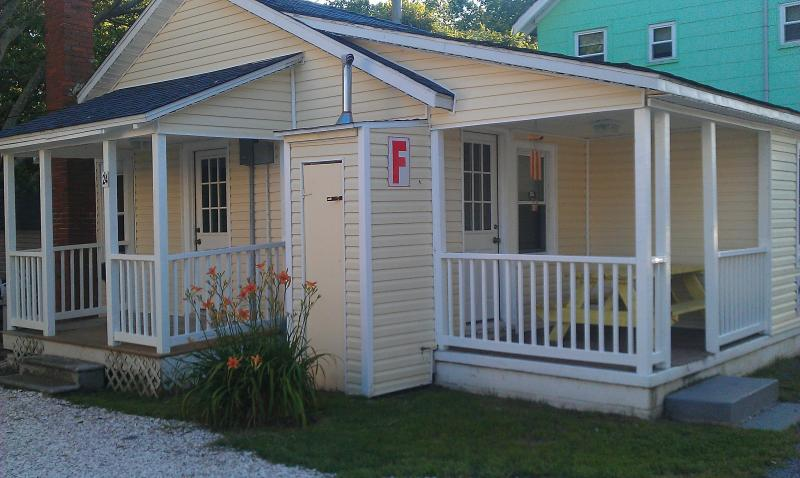 Gecko Cottage #24-2 private entrances - Charming Cottages just steps to Beach & Boardwalk - Ocean City - rentals