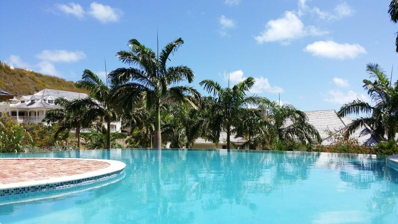 Nonsuch Bay Resort Luxury Condo Beach Side SeaView - Image 1 - Freetown - rentals