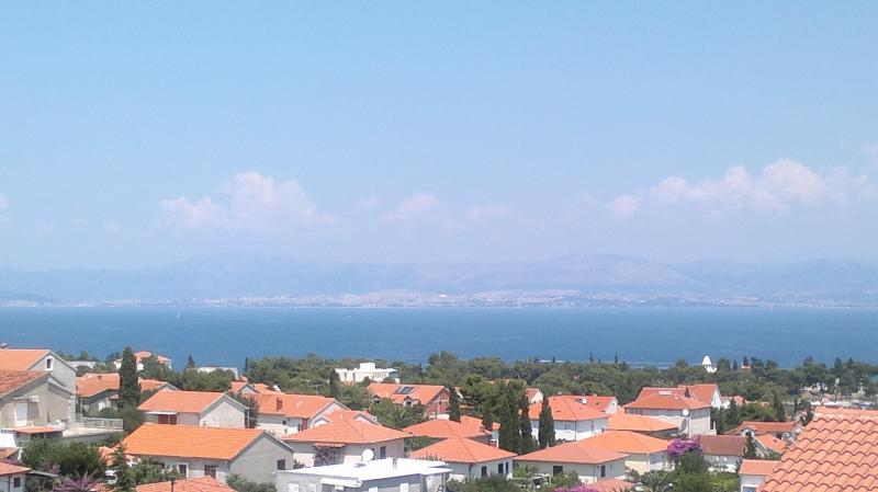 The panoramic view from the balcony - Modern apartment with a stunning sea view - Supetar - rentals