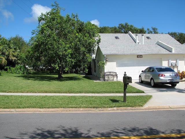 Driveway & Yard - Luxury 3 bedroom / 2 bath townhome - Walk to Beach - Cape Canaveral - rentals