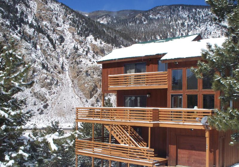 House exterior / great views - Awesome Mountain House Hike Out the Front Door - Georgetown - rentals