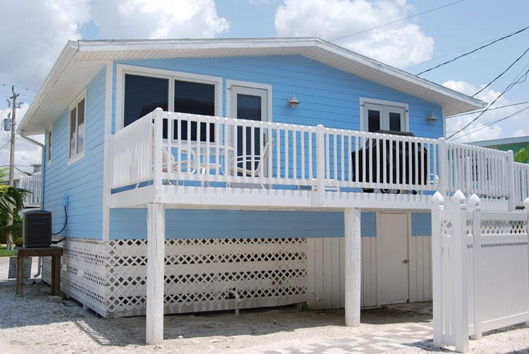 The Dolphin Cottage. - Cottages of Paradise Point - Dolphin Cottage - Fort Myers Beach - rentals