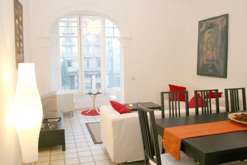 Catedral - Ramblas apartment - Image 1 - Barcelona - rentals