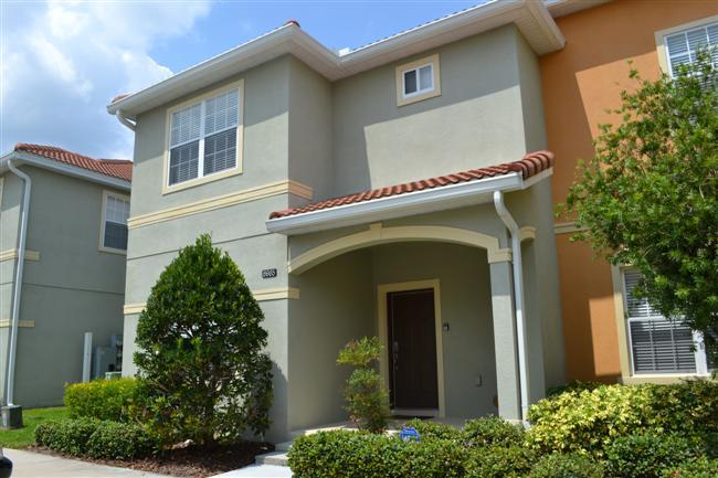 Donald's Dreamhouse, Great Vacation Rental with a Pool - Image 1 - Kissimmee - rentals