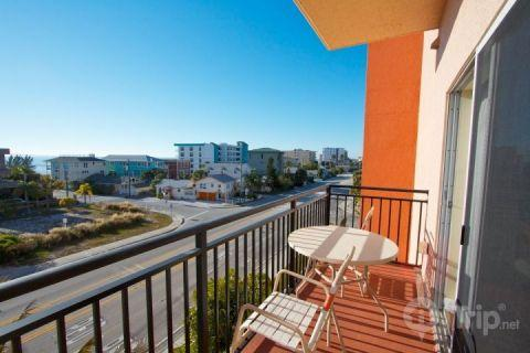 Private balcony looking out to the Gulf.  Madeira Bay Resort is alongside of Gulf Blvd. with easy access to John's Pass Village. - 409 - Madeira Bay Resort - Madeira Beach - rentals
