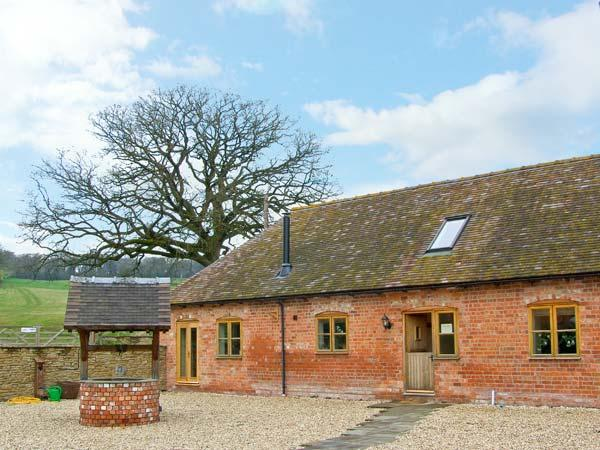 THE MILKING PARLOUR, pet friendly, luxury holiday cottage, with a garden in Westhope, Ref 12658 - Image 1 - Craven Arms - rentals