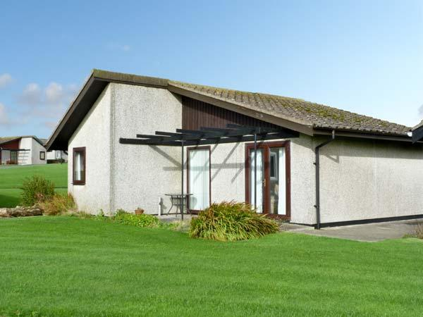 23 LAIGH ISLE, pet friendly, with a garden in Isle Of Whithorn, Ref 11400 - Image 1 - Isle Of Whithorn - rentals