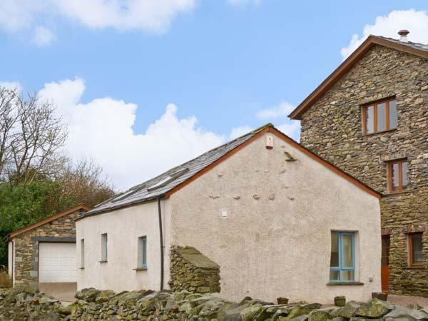 ELLER RIGGS COTTAGE, family friendly, country holiday cottage, with a garden in Ulverston, Ref 7004 - Image 1 - Ulverston - rentals