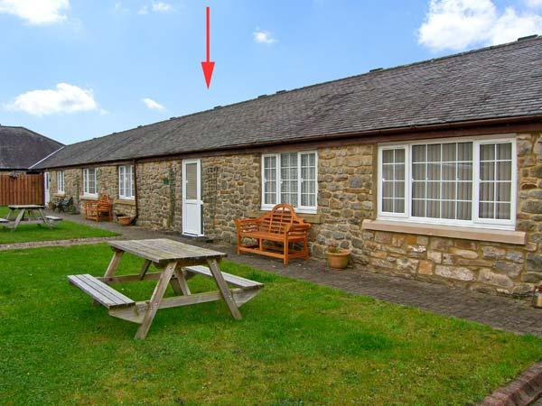 PLOVER, family friendly, country holiday cottage, with a garden in Haydon Bridge, Ref 11914 - Image 1 - Haydon Bridge - rentals