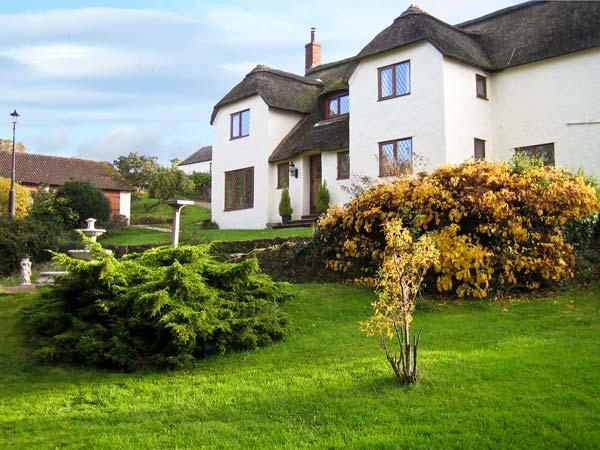 SHELLS COTTAGE, pet friendly, character holiday cottage, with hot tub in Washford, Ref 11459 - Image 1 - Washford - rentals