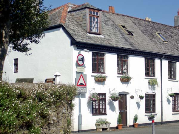 2 GRANGE COTTAGES, character holiday cottage in Plymouth, Ref 11723 - Image 1 - Plymouth - rentals
