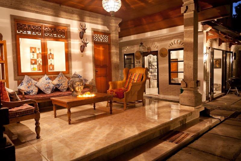 Kebun Damai at night - Kebun Damai, Legian's Best Kept Secret Villa. - Legian - rentals