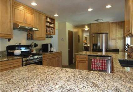 Kitchen with granite counters, gourmet appliances - Beautifully Furnished 5 Bedroom Dollar Point Home - Tahoe City - rentals