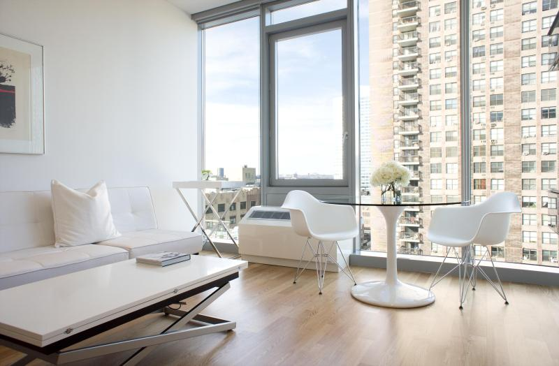 Living room & dinning area - One Bedroom Residence - New York City - rentals