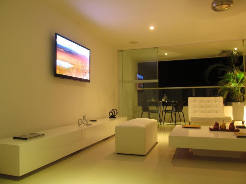 Oceanfront Luxury Penthouse - Image 1 - Cartagena - rentals
