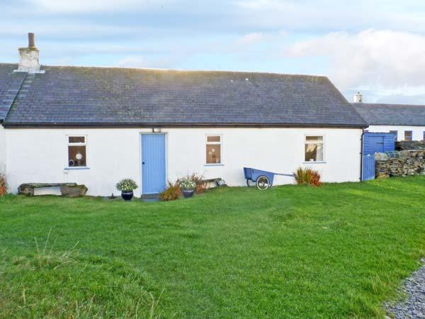 33 EASDALE ISLAND, pet friendly, with a garden in Oban, Ref 8551 - Image 1 - Oban - rentals