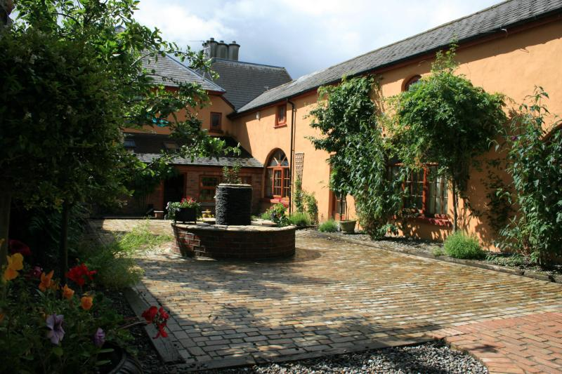 The Loft in the Courtyard - The Priory Killarney - The Loft, Amazing 3 Bedroom - Killarney - rentals